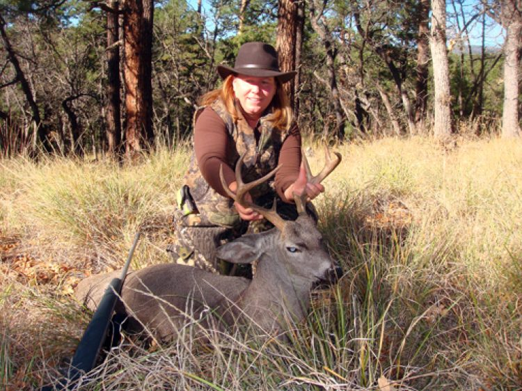 TROPHY ELK & DEER HUNTS